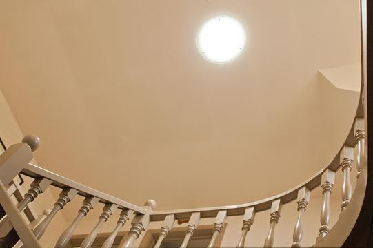 Meer daglicht in de trappenhal