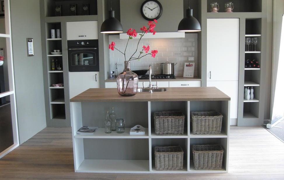 Modern brocante keuken in Eibergen